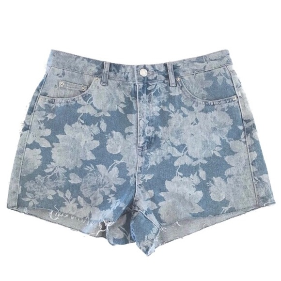 Topshop Pants - Topshop Moto Mom Floral Blue Summer Shorts
